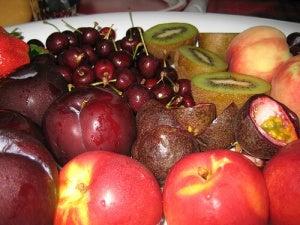 Rood fruit met weinig calorieën