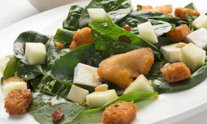 avondmaaltijden met kip en spinazie