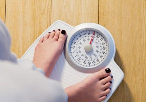 Gewichtsverlies door groene appels op een lege maag