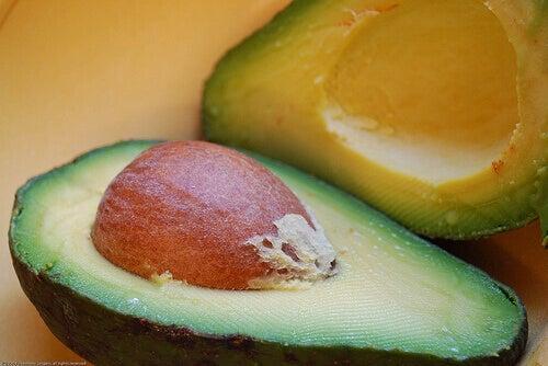 Meer avocado's eten om meer dan 10 redenen