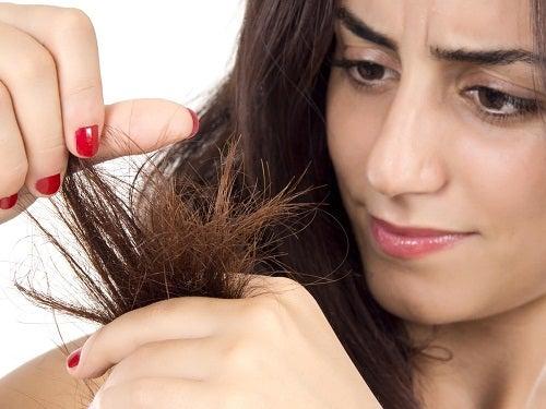Natuurlijke haarmaskers tegen droog haar