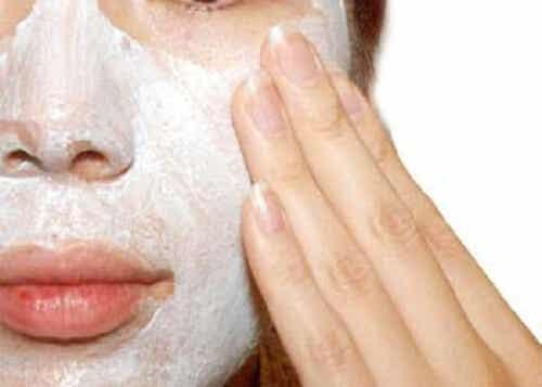 Waarom scrubben goed is voor je huid