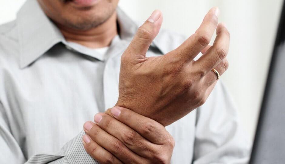 Honing en kaneel om artritispijn te verlichten