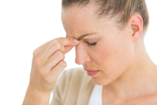 Hoofdpijn kan een symptoom zijn van een hersenaneurysma