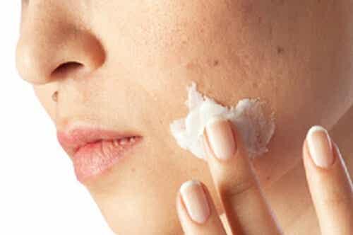 Reinig een onzuivere huid in één maand
