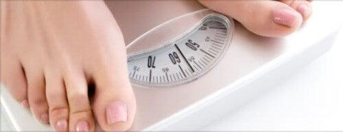 Warm water drinken vermindert je gewicht