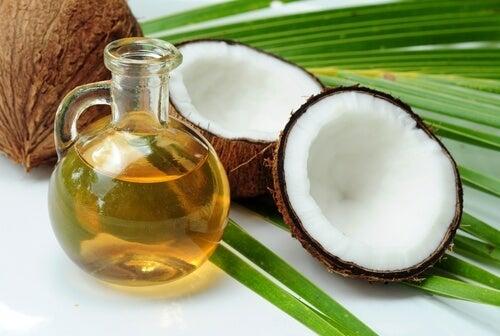 Aloëvera en kokosnoot tegen kroeshaar