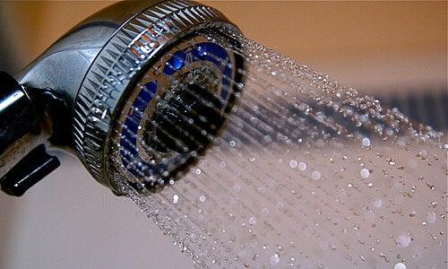 De 10 voordelen van een koude douche