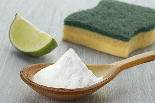 Een van de toepassingen van zuurstofwater is je huis er mee reinigen