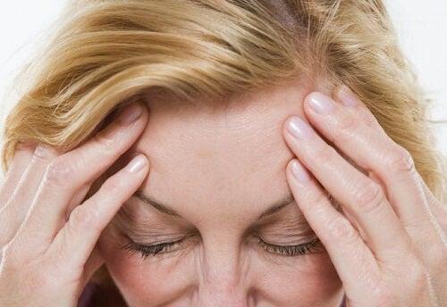 Hoe verminder je symptomen van de overgang op natuurlijke wijze?