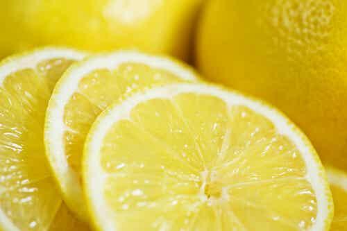 Gewicht verliezen met behulp van citroen