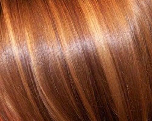 Natuurlijke behandelingen voor steil haar