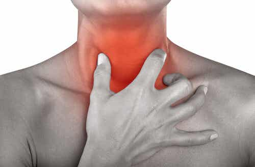 Sapjes en drankjes om keelpijn te genezen