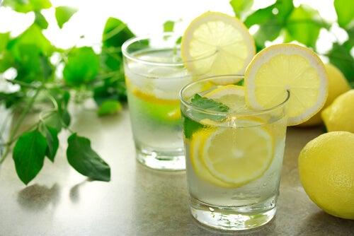 Limonade met citroen