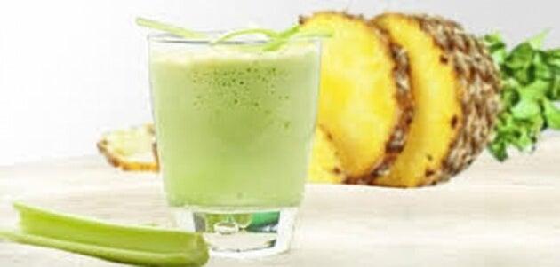 Selderij en ananas om gewicht te verliezen