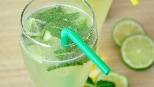 De voordelen van citroenwater
