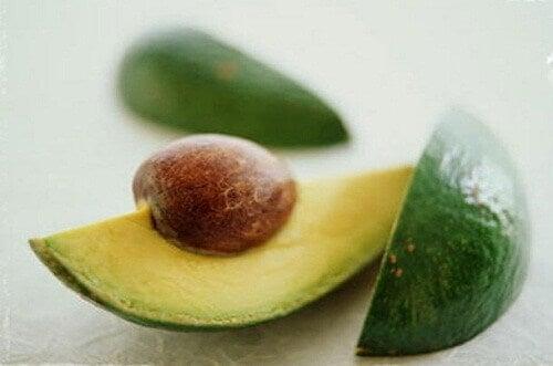 9 redenen om de avocadopit te eten