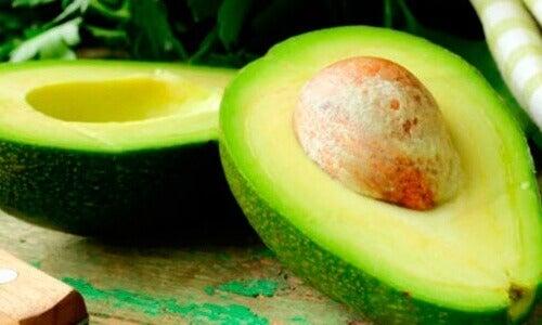 11 natuurlijke remedies met avocado