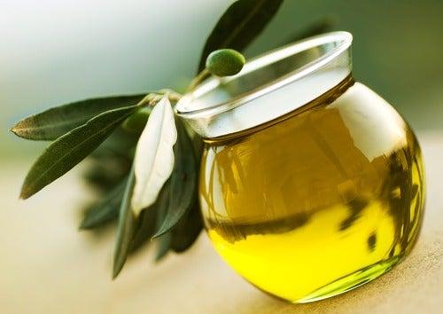 Olijfolie in kan