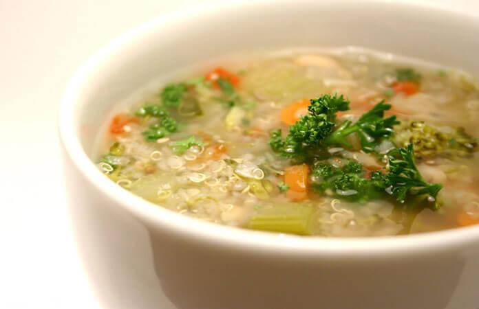 Groentesoep met Quinoa