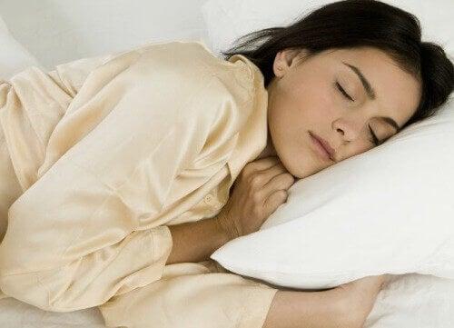 De voordelen van slapen op de linkerzij