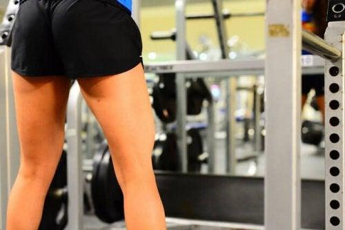 Trainen voor strakkere bilspieren
