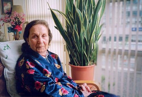 Vrouw met Alzheimer