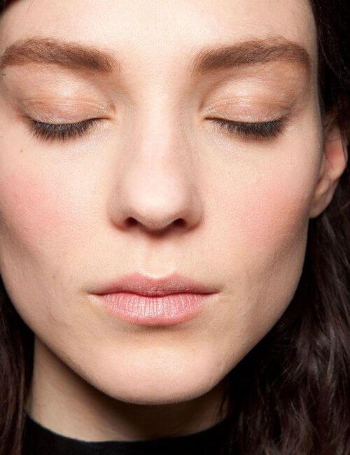 Make-up voor een Dunner Gezicht
