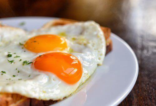 Eieren om haaruitval te voorkomen