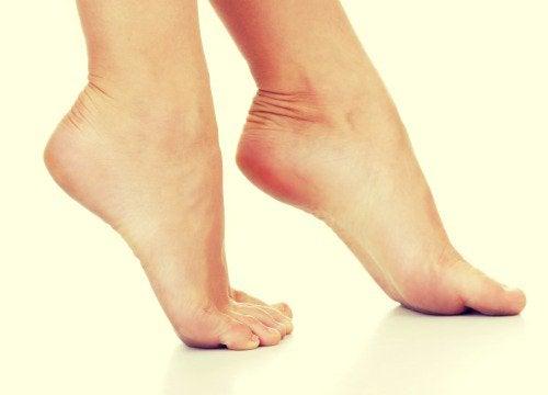 Op de tenen lopen