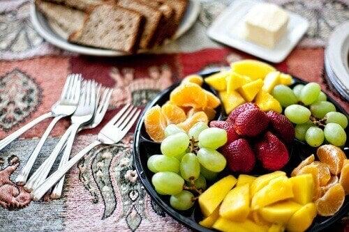 schaaltje met fruit