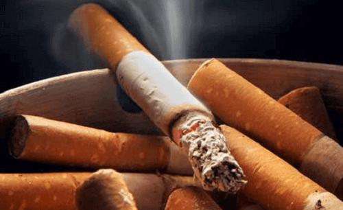 Stop met roken om obstructie van de kransslagaders te voorkomen