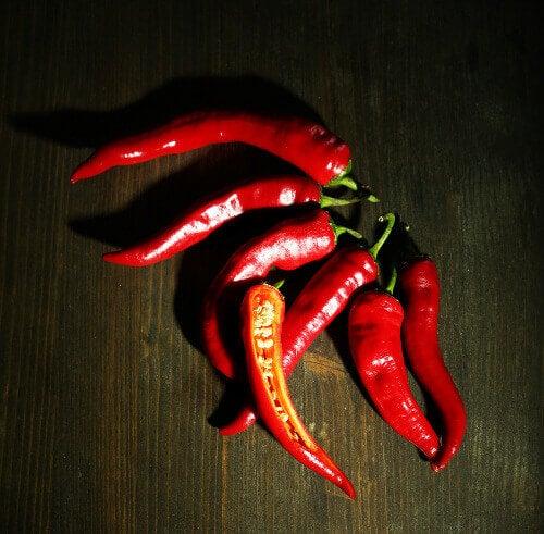 Chilipeper is een bron van capsaïcine
