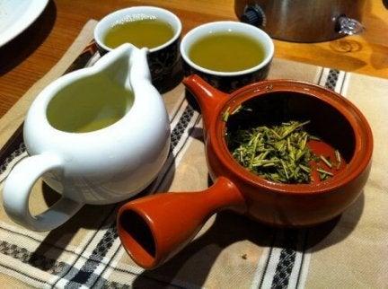 kopjes groene thee