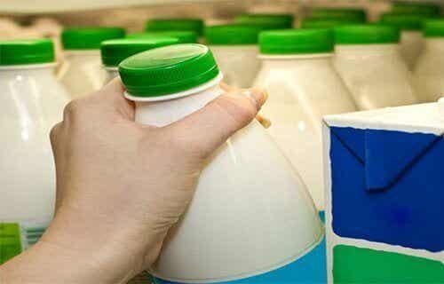 Studies raden aan magere melk te vermijden