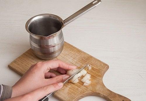 13 tips om uien te snijden zonder tranen