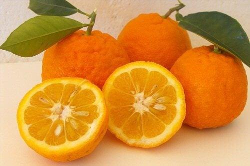 Gezond leven en afvallen met sinaasappels