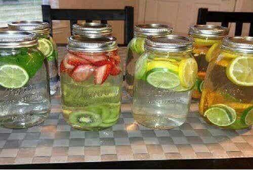 Water met een smaakje - 8 geneeskrachtige recepten