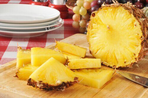 Stukken Ananas