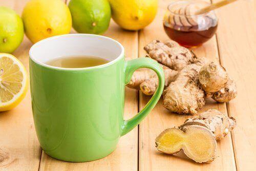 gember en een kopje thee