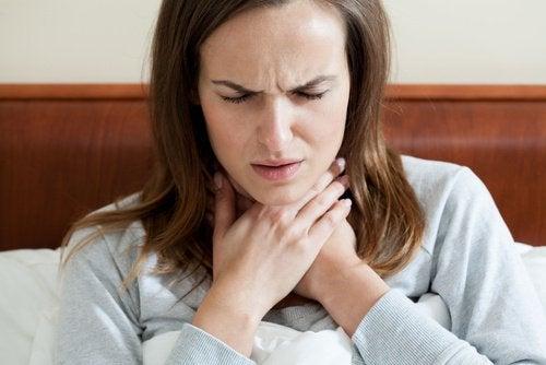 Op natuurlijke wijze amandelontsteking genezen
