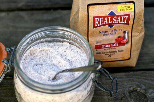 pot met zeezout