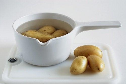 Aardappelwater