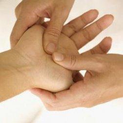 hand krijgt aan massage