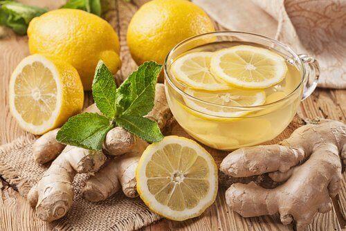Thee van gember en citroen om je lever te ontgiften
