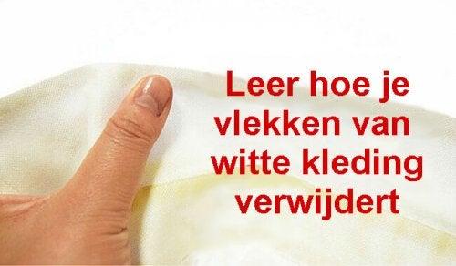 Verwijder eenvoudig zweetvlekken uit witte kleding