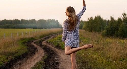 Dansen en wandelen beschermen je tegen Alzheimer