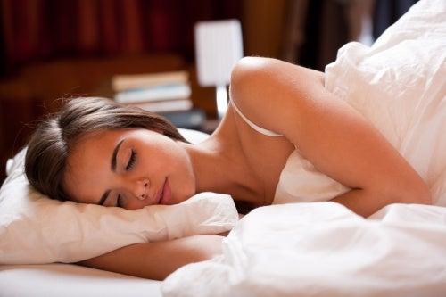 Een koude douche als slaaptherapie