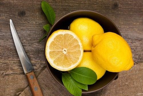 6 gezondheidsvoordelen van citroensap