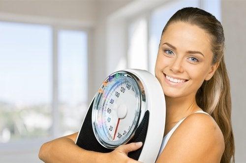 Een koude douche bevordert gewichtsverlies